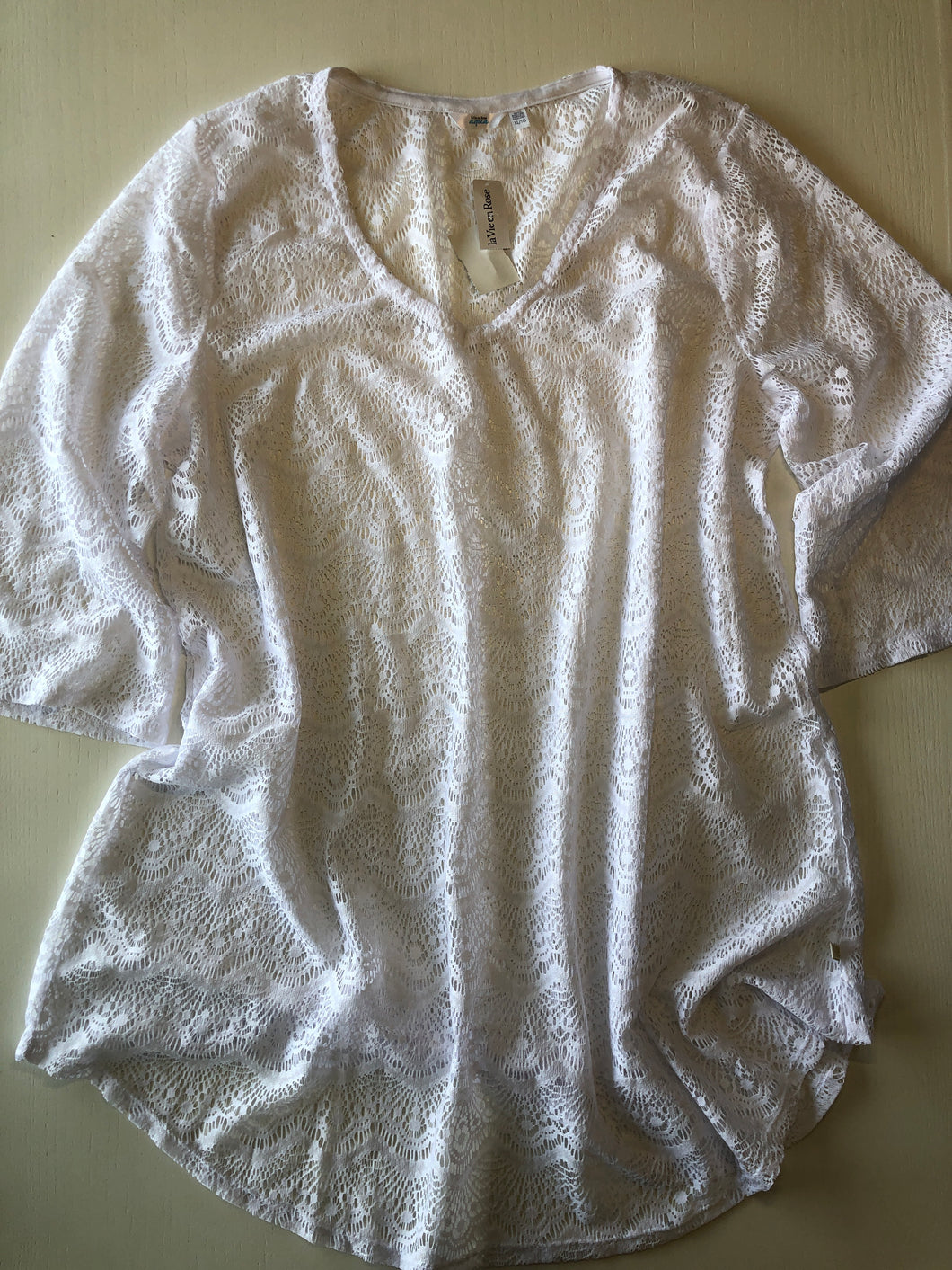 Previously Owned With Tags Women's Aqua Cover Up Size XL