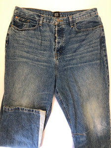 Gently Used Women's BDG Denim Size 34