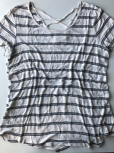 Gently Used Women's Maurices Top Size XL