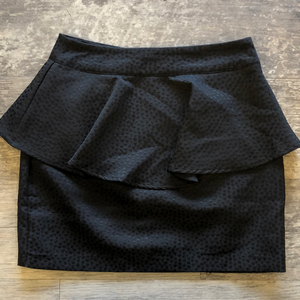 Gently used Silence + Noise Skirt Sz 2