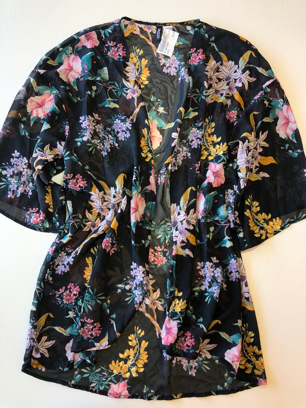 Gently Used Women's Divided Kimono Size S