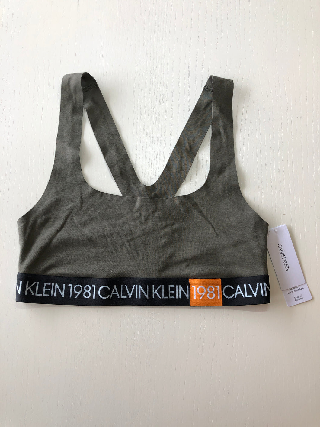 Previously Owned With Tags Women's Calvin Klein Bralette Size M