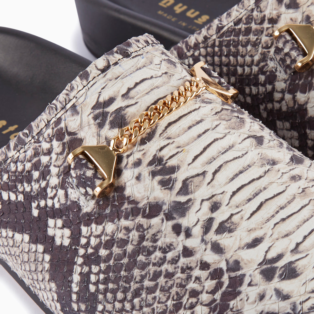 Hyusto Quincy rock python printed Leather Gold Detail of the accessories