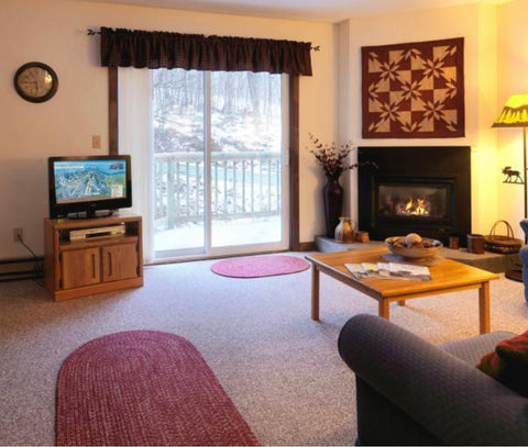 Primetime Weekend 2021: 4 Person Slopeside Condo $350pp