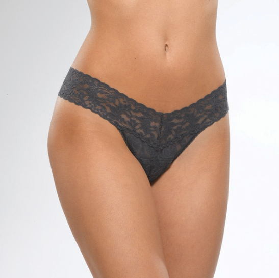 Signature Lace Low Rise Thong in Granite