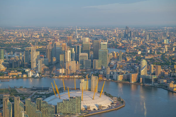 Aerial view of the O2, Greenwich, Canary Wharf and City of London, London. 394723