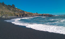 Load image into Gallery viewer, Black Sand Beach - Wax Melt