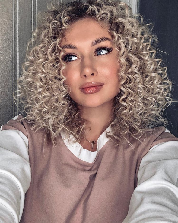 2020 summer new Hot sale short Gold hair Curly Style