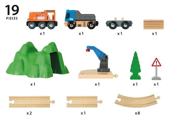 Brio 33878 Starter Lift and Load Set Railway Set at Little Sprout