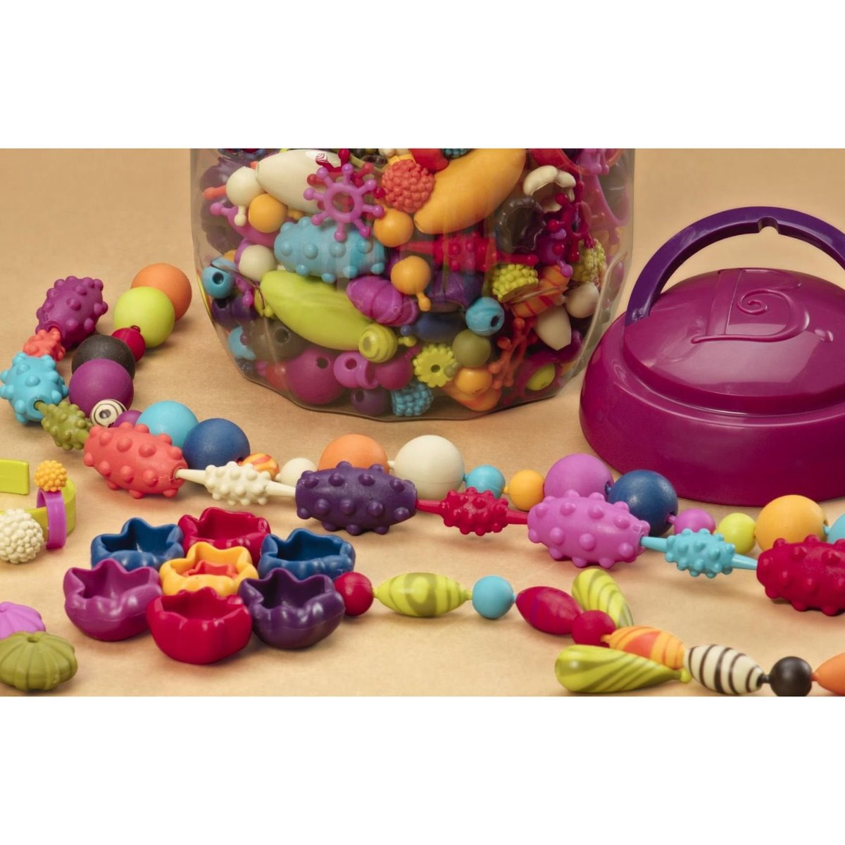 B. Toys Pop Arty 500 piece jewellery making set in plastic container