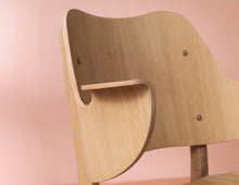 Load image into Gallery viewer, Gesture Chair Oiled Oak