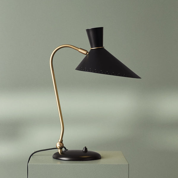 Bloom Table Lamp Black