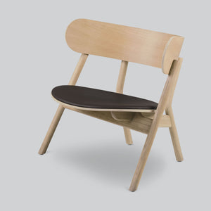 Oaki Lounge Chair | Light Oak