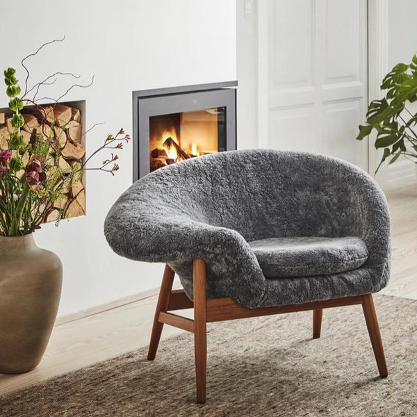 Fried Egg Lounge Chair Grey Sheepskin