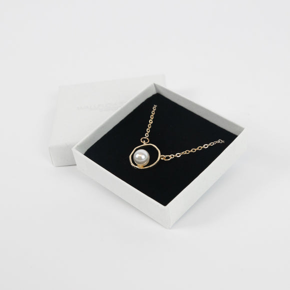 Vintage Style Pearl Geometric Necklace - Gold