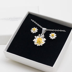 Daisy Necklace & Earring Set - Sterling Silver