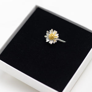 Twisted Band Daisy Ring - Sterling Silver