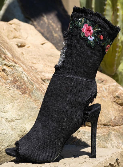 Delicate14 Black Frayed Flower Patch Heel - Wholesale Fashion Shoes