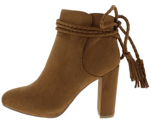 c7ed7b97439f Wholesale Womens Boots - All Winter Boots Priced At  18.88 ...
