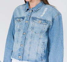 Load image into Gallery viewer, Denim Jacket
