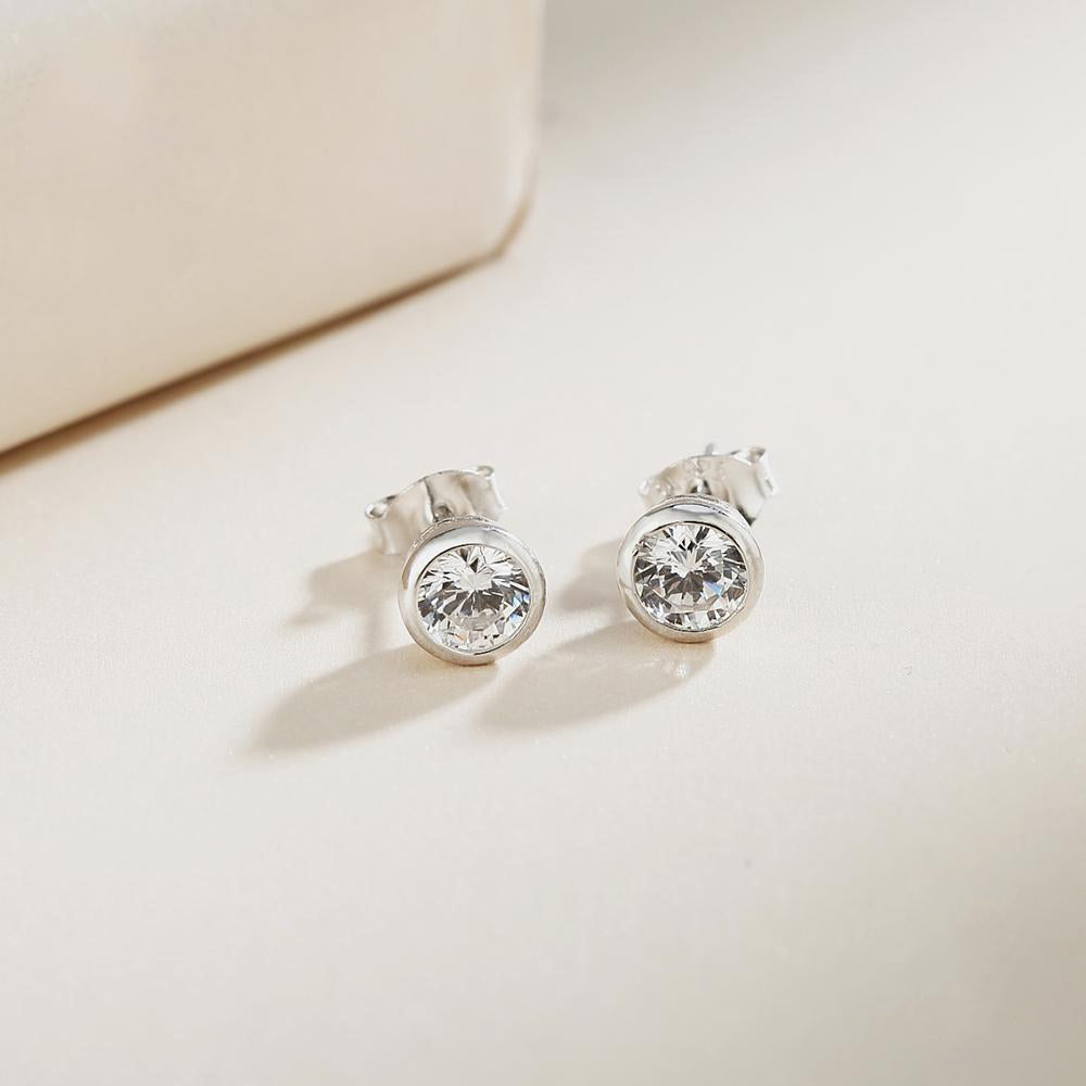 Load image into Gallery viewer, MacKenzie Round Bezel Silver Stud Earrings 2