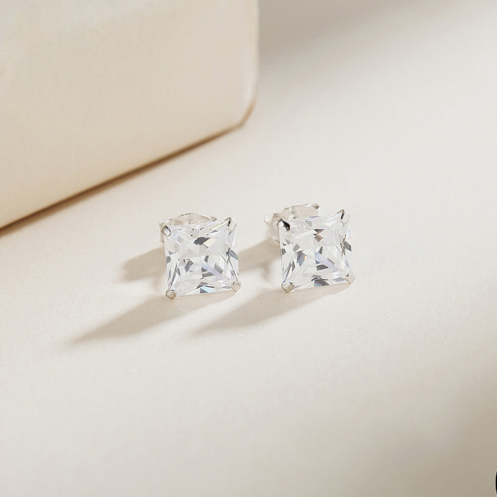 Malin Four-Prong Silver Stud Earrings 2
