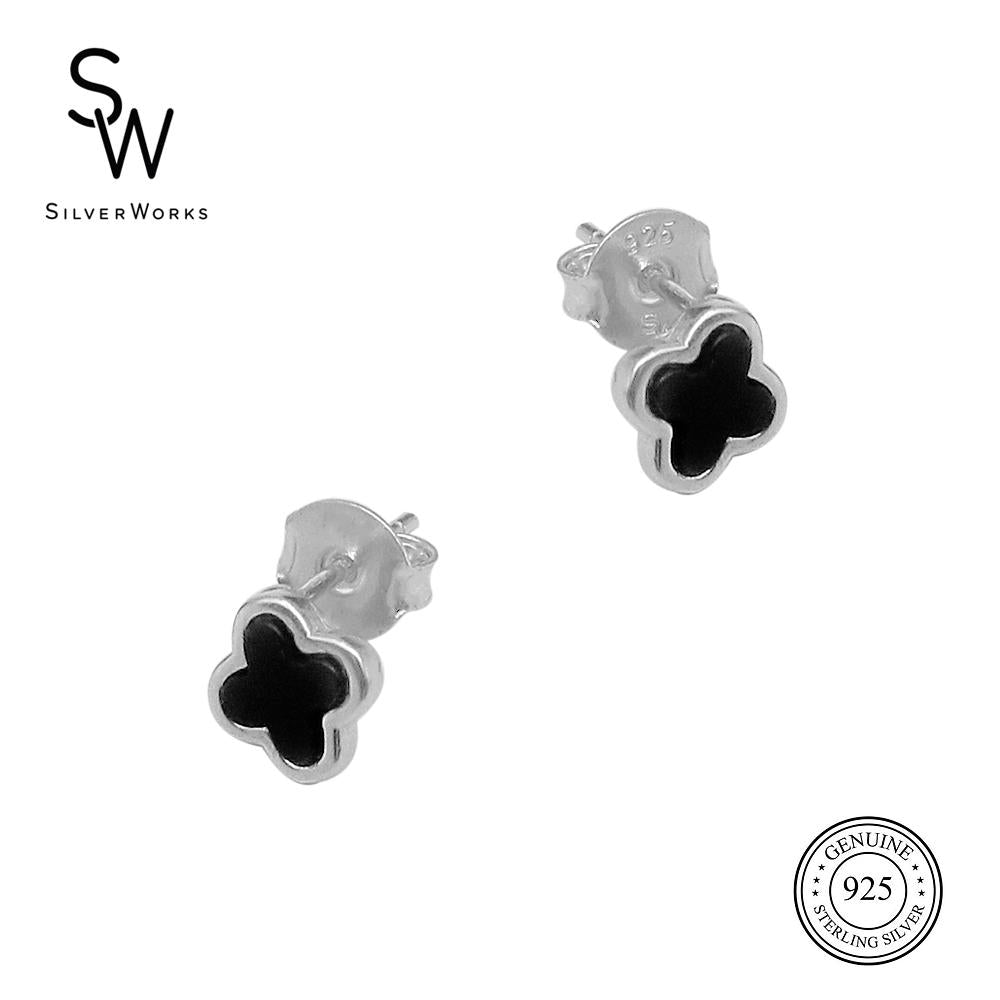 Nanon Leaf Clover Silver Stud Earrings with Onyx Stones