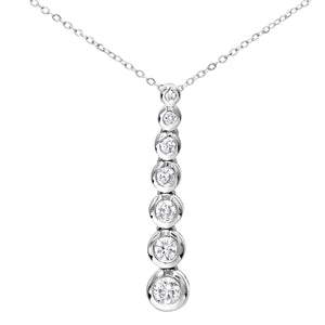 9ct White Gold 0.33ct Graduated Diamond Pendant and Chain of 46cm