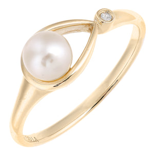 9ct Yellow Gold, 0.01ct Diamond with White Cultured pearl Ring
