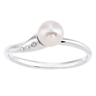 9ct White Gold, 0.01ct Diamond with White Cultured pearl Ring