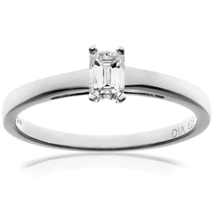 18ct White Gold 0.25ct Emerald Cut Certified Diamond Solitare Ring