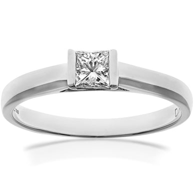 18ct White Gold 0.25ct Princess Cut Certified Diamond Solitare Ring
