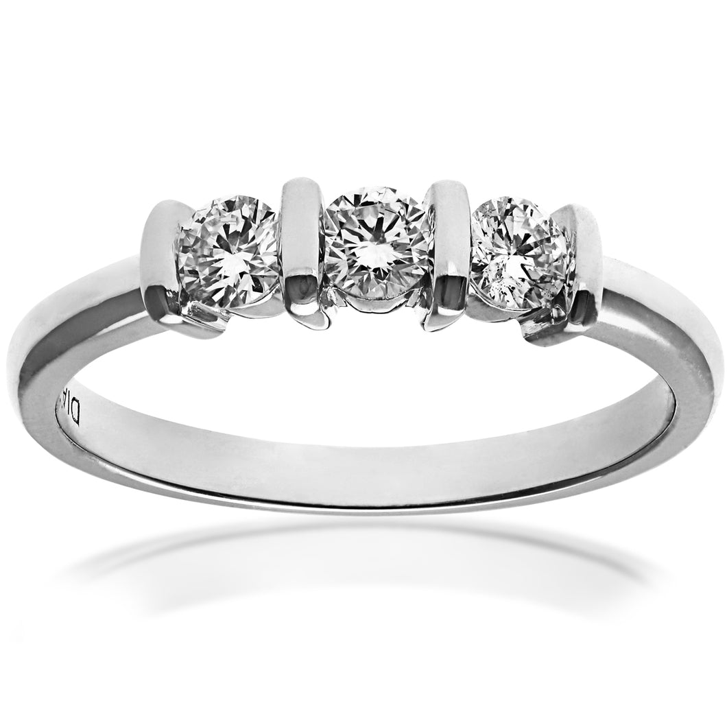 18ct White Gold 0.33ct Round Brilliant Cut Diamonds Trioligy Ring