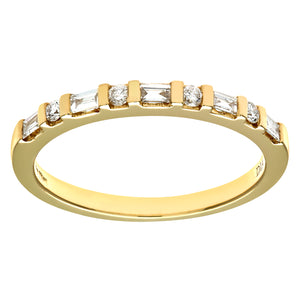 18ct Yellow Gold 0.25ct Baugette and Round Diamond Eternity Ring