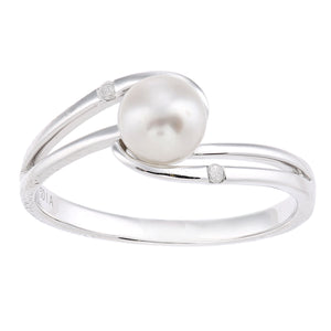9ct White Gold, 0.02ct Diamonds with White Cultured pearl Ring