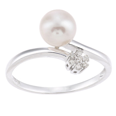 9ct White Gold, 0.05ct Diamonds with White Cultured pearl Ring
