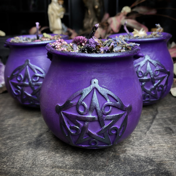 Witch Potion - The Lavender Spells - Beeswax candle