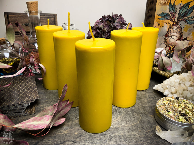 Big Yellow cylinder - Beeswax candle