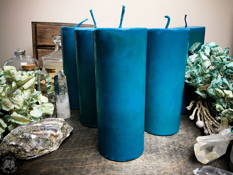 Big Blue cylinder - Beeswax candle