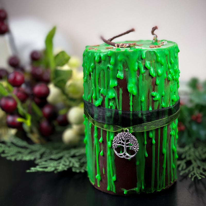 Gothika Forest Witch - Beeswax candle