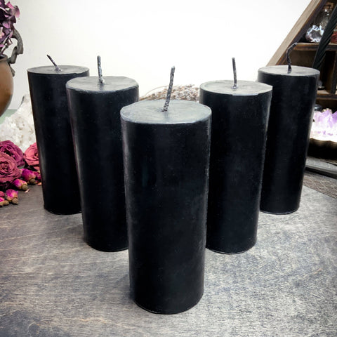 Candle - Big Black Cylinder - Beeswax Candle