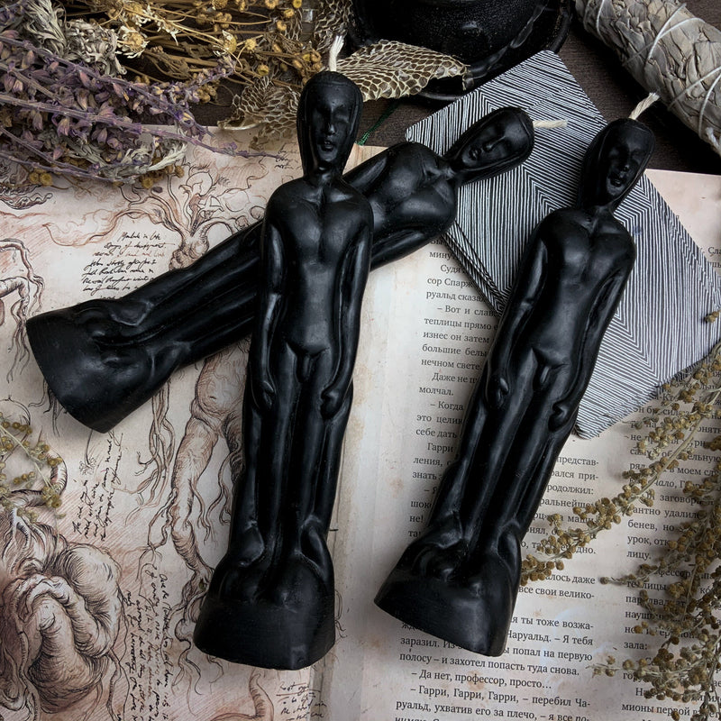 Idol Man - Beeswax candle - Black