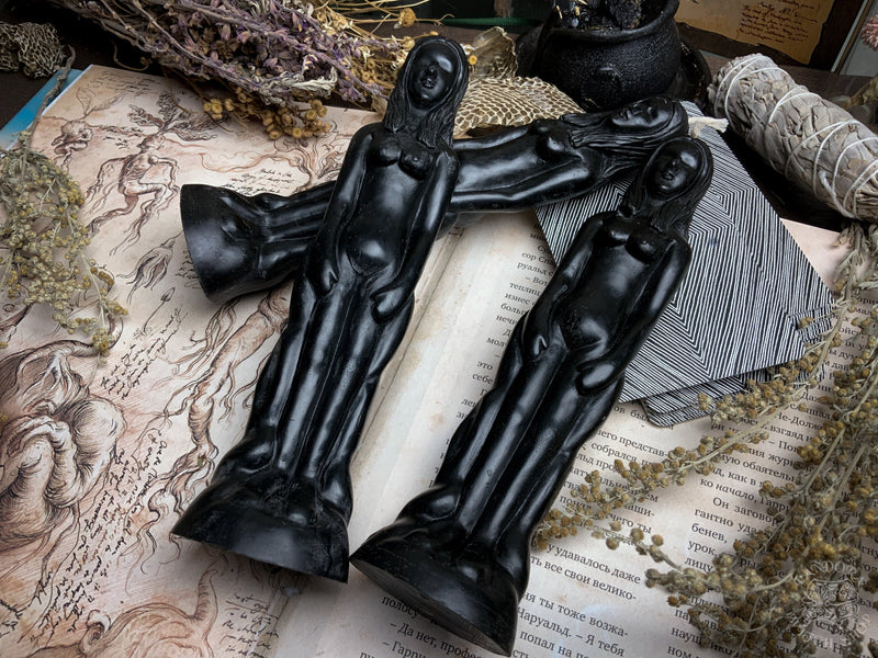 Idol Woman - Beeswax candle - Black