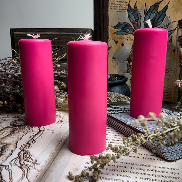 Pink cylinder - Beeswax candle