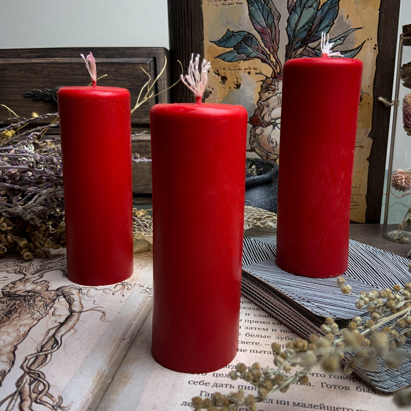 Red cylinder - Beeswax candle