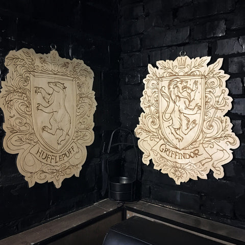 Decor - Set Of 4 Wooden Emblems - Hogwarts Houses