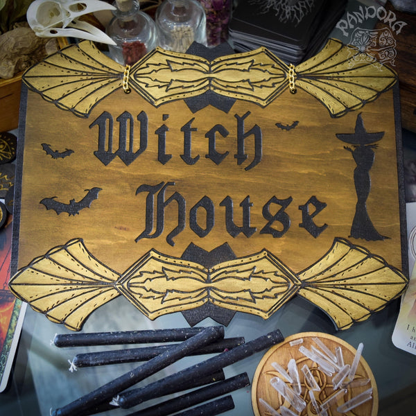 "Decor - Wooden Sign ""Witch House"" - Dark Wood"