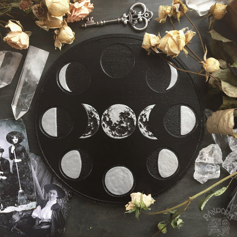 Moon Cycle - Altar Pentacle