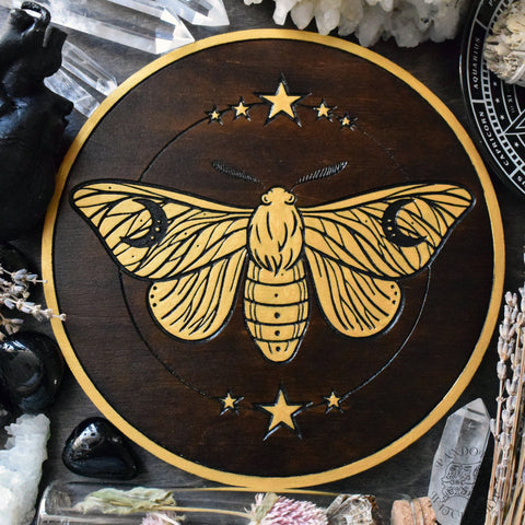 Moon Moth - Altar Pentacle - Dark Wood\Gold