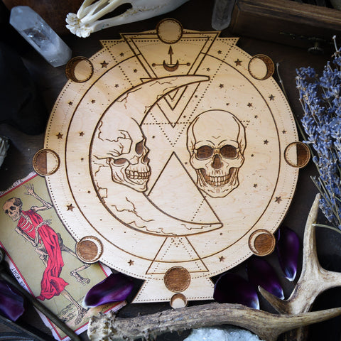 Moon Skull - Altar Pentacle - Natural